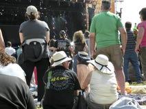 Ακροατήριο στο λαϊκό φεστιβάλ στο Χάιντ Παρκ, Λονδίνο στοκ φωτογραφία