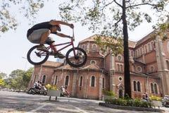 Ακροβάτης BMX στο Ho Chi Minh, Βιετνάμ Στοκ φωτογραφία με δικαίωμα ελεύθερης χρήσης