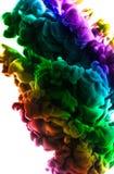 Ακρυλικά χρώματα και μελάνι στο νερό αφηρημένο πλαίσιο ανασκόπησης Απομονωμένος στο λευκό Στοκ Εικόνα
