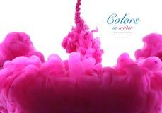 Ακρυλικά χρώματα και μελάνι στο νερό αφηρημένη ανασκόπηση Στοκ Φωτογραφία