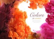 Ακρυλικά χρώματα στο νερό αφηρημένη ανασκόπηση στοκ φωτογραφίες