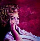 Ακρυλική ζωγραφική της κυρίας της δεκαετίας του '50 στο μπουρνούζι που εμπνέεται από τις εικόνες της Μέριλιν Μονρόε στοκ εικόνα