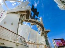 Ακρωτήριο Κανάβεραλ, ΗΠΑ - 29 Απριλίου 2018: Το αμφιθέατρο θεάτρων Aqua στο σκάφος της γραμμής κρουαζιέρας ή την όαση σκαφών των  στοκ φωτογραφία με δικαίωμα ελεύθερης χρήσης