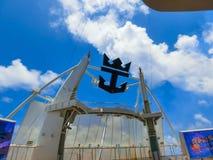 Ακρωτήριο Κανάβεραλ, ΗΠΑ - 29 Απριλίου 2018: Το αμφιθέατρο θεάτρων Aqua στο σκάφος της γραμμής κρουαζιέρας ή την όαση σκαφών των  στοκ εικόνες με δικαίωμα ελεύθερης χρήσης