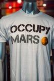 Ακρωτήριο Κανάβεραλ, Φλώριδα - 13 Αυγούστου 2018: Καταλάβετε το πουκάμισο του Άρη στο Διαστημικό Κέντρο Κένεντι της NASA στοκ φωτογραφίες
