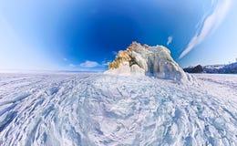 Ακρωτήριο σαμάνων στο νησί Olkhon, Baikal, κεραία ψάρι-ματιών Στοκ Φωτογραφίες