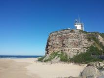 Ακρωτήριο Nobbys και παραλία, Νιουκάσλ Αυστραλία Στοκ Εικόνες