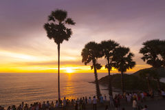 ακρωτηρίων hdr κατακόρυφος της Ταϊλάνδης νησιών phuket επεξεργασμένη promthep καλυμμένη Στοκ Εικόνες