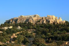 Ακρόπολη της Αθήνας από την αρχαία αγορά Στοκ Εικόνες