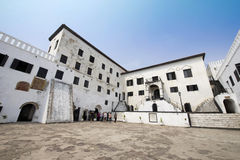 Ακτή ακρωτηρίων Elmina Castle - Γκάνα, Αφρική - 11 Ιανουαρίου 2014 Στοκ εικόνες με δικαίωμα ελεύθερης χρήσης