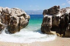 Ακτή απότομων βράχων Korfu Στοκ εικόνες με δικαίωμα ελεύθερης χρήσης