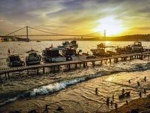 Ακτή ηλιοβασιλέματος της Ιστανμπούλ Bosphorus Στοκ Εικόνες