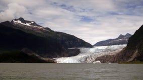 Ακτή λιμνών στον παγετώνα Αλάσκα Ηνωμένες Πολιτείες Mendenhall φιλμ μικρού μήκους