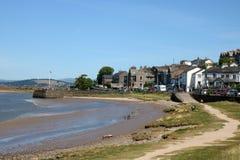 Ακτή και αποβάθρα, Arnside, Cumbria, Αγγλία Στοκ φωτογραφία με δικαίωμα ελεύθερης χρήσης