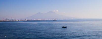 Ακτή κοντά σε Napoli, Ιταλία Στοκ Φωτογραφίες