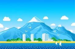Ακτή με τα βουνά Στοκ Φωτογραφίες