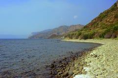 ακτή πετρώδης στοκ φωτογραφία με δικαίωμα ελεύθερης χρήσης