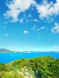Ακτή της Σαρδηνίας που βλέπει από Cala Dragunara Στοκ φωτογραφία με δικαίωμα ελεύθερης χρήσης