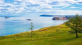 Ακτή Olkhon νησιών Στοκ Εικόνες