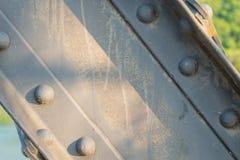 Ακτίνα υποστήριξης μετάλλων στη γέφυρα Στοκ Φωτογραφίες