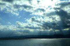 Ακτίνες ήλιων Στοκ φωτογραφία με δικαίωμα ελεύθερης χρήσης