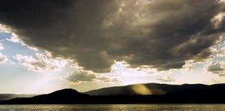 Ακτίνες του φωτός Στοκ Εικόνες