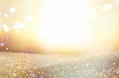 Ακτινοβολήστε εκλεκτής ποιότητας υπόβαθρο φω'των μελαχροινοί χρυσός και ο Μαύρος De που στρέφεται Στοκ εικόνα με δικαίωμα ελεύθερης χρήσης
