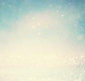 Ακτινοβολήστε εκλεκτής ποιότητας υπόβαθρο φω'των με την ελαφριά έκρηξη ασήμι, μπλε και λευκό de-στραμμένος Στοκ εικόνα με δικαίωμα ελεύθερης χρήσης