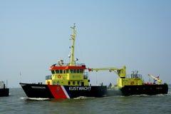 Ακτοφυλακή στο λιμάνι Lauwersoog στοκ εικόνα με δικαίωμα ελεύθερης χρήσης