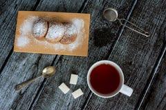 Ακόμα ζωή με το τσάι και τα μπισκότα Στοκ Εικόνες
