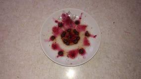 Ακόμα ζωή της μαρμελάδας φραουλών και σμέουρων στοκ φωτογραφία με δικαίωμα ελεύθερης χρήσης