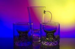 Ακόμα ζωή goblets γυαλιού στο φως στοκ εικόνες με δικαίωμα ελεύθερης χρήσης