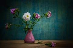 Ακόμα υπόβαθρο λουλουδιών ζωής Στοκ εικόνες με δικαίωμα ελεύθερης χρήσης