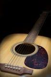 Ακόμα lowkey ακουστική κιθάρα ζωής στοκ φωτογραφία