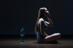 Ακόμη και το νερό μπορεί να μου κάνει το βάρος κέρδους Στοκ φωτογραφία με δικαίωμα ελεύθερης χρήσης