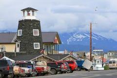 Αλάσκα - Όμηρος Salty Dog Saloon, βουνά Στοκ Εικόνα