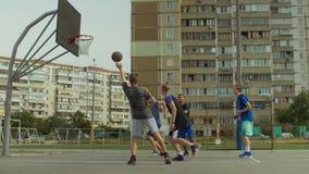 Αλέα -αλέα-oop καθιέρωσης φορέων Streetball στο συμπαίκτη φιλμ μικρού μήκους