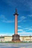 Αλέξανδρος Column στο τετράγωνο παλατιών Στοκ Εικόνες
