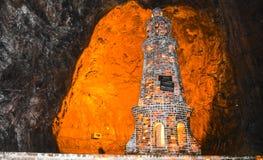 Αλατισμένος μιναρές μέσα στο ορυχείο Khewra στοκ εικόνα