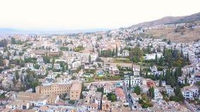 αλγορίθμου παλάτι και φρούριο στη Γρανάδα, Ανδαλουσία, Ισπανία Ανατολή εναέριες βιντεοσκοπημένες εικόνες από τον κηφήνα Κάμερα ri φιλμ μικρού μήκους