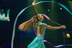 Αλεξάνδρα Soldatova, πολλαπλάσιος ρυθμικός πρωτοπόρος γυμναστικής στοκ εικόνα