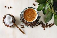 Αλεξίσφαιρος καφές με το βούτυρο στοκ εικόνες με δικαίωμα ελεύθερης χρήσης