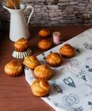 Αληθινό γαλλικό brioche πλούσιο βούτυρο ψωμιού Στοκ εικόνες με δικαίωμα ελεύθερης χρήσης