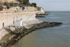 Αλιεία της καμπίνας στη Gironde εκβολή στη Γαλλία δυτικών ακτών Στοκ φωτογραφίες με δικαίωμα ελεύθερης χρήσης