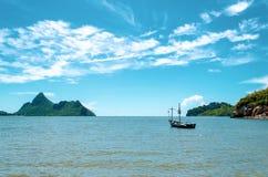 Αλιευτικό σκάφος σε στάση στοκ εικόνες με δικαίωμα ελεύθερης χρήσης