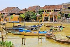 Αλιευτικό σκάφος σε Hoi, παγκόσμια κληρονομιά της ΟΥΝΕΣΚΟ του Βιετνάμ Στοκ Εικόνες
