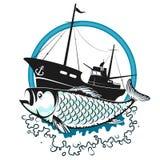 Αλιεύοντας αλιευτικό πλοιάριο και ψάρια ελεύθερη απεικόνιση δικαιώματος