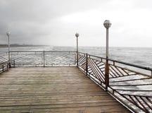 αλιεύοντας αποβάθρα Στοκ εικόνες με δικαίωμα ελεύθερης χρήσης