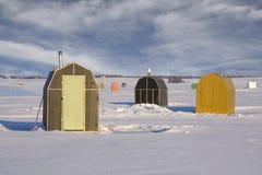 αλιεύοντας καλύβες πάγ&omicr Στοκ Εικόνα