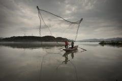αλιεύοντας ποταμός ομίχ&lambda Στοκ Εικόνες